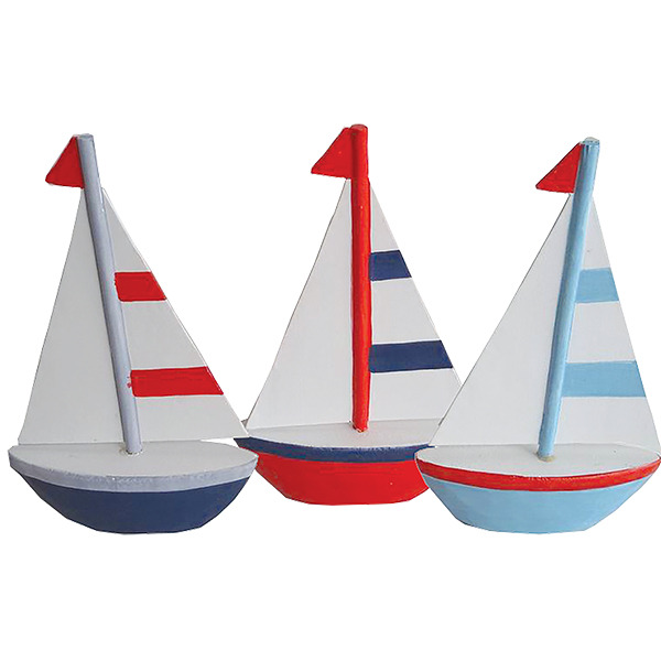 Small sailboats (set of 3)