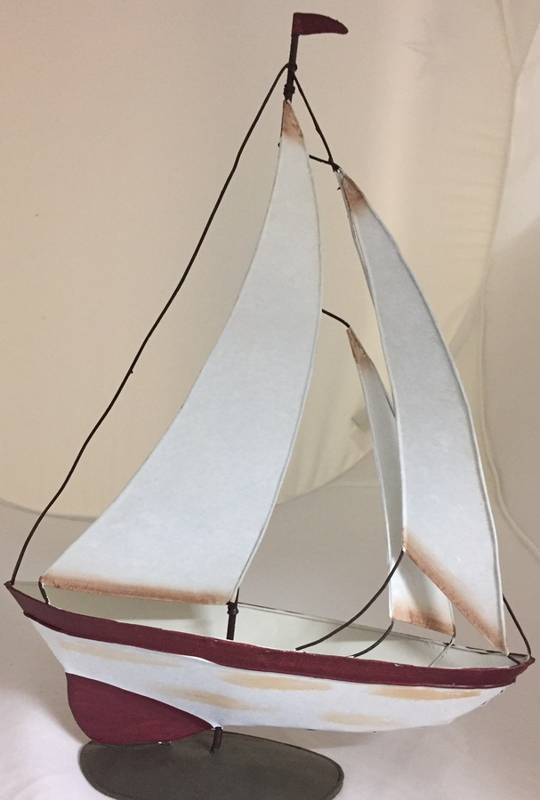 Metal Sailing Yacht Large - Maroon